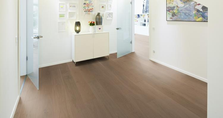 K04 Parchet triplustratificat stejar Ochre Brown